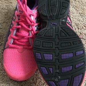 Puma Shoes - Ladies running shoes ( puma)